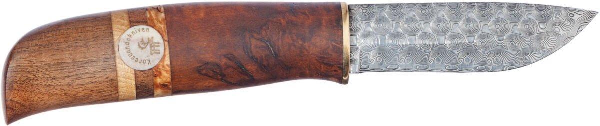 Нож Karesuandokniven Narva Damask, дамасская сталь, рукоятка – карельская береза/олений рог, кожаные ножны с пластиковой вставкой, подарочная коробка, длина клинка – 85 мм, общая длина – 201 мм